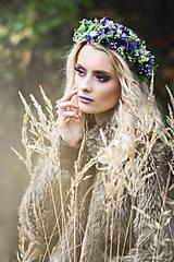 - Fialový kvetinový venček - 8729307_