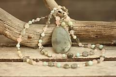- Bohemian náhrdelník z minerálov labradorit, ruženín, amazonit - 8729076_