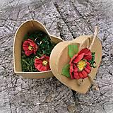 Červené maky v darčekovej krabičke - náušnice s francúzskym zapínaním