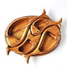 Nádoby - Rybičková drevená tácka na oriešky | 4 fish snacks and nut platter - 8737627_