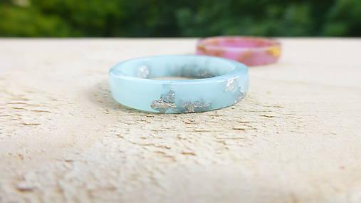 Prstene - Živicový prsteň - 8741588_