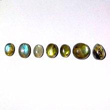 Minerály - Labradorit mini kabošon mix tvarov / 8x6 - 10x10 mm - 8739916_