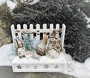 Dekorácie - V zimnej záhradke so snehuliakom - 8743329_