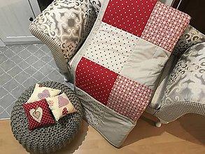 Úžitkový textil - vzor  červené srdiečka s ľanovou kombináciou - 8741732_