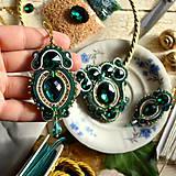 Náušnice - Golden Emerald - sutaškové náušnice - 8743358_