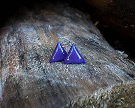 Náušnice - Trojuholníčky 10 mm (fialové) - 8741545_