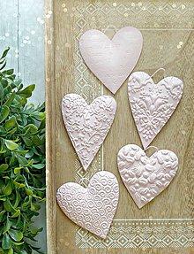 Dekorácie - Púdrová láska srdiečka - 8738963_