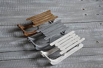 Dekorácie - drevené sánky - 8742590_