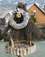 Dekorácie - Zimný veniec s vtáčikom - 8748896_