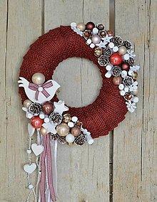 Dekorácie - Vianočný dverový veniec v bordovom - 8753169_