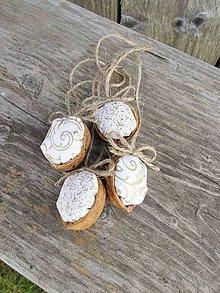 Dekorácie - Orechové škrupinky (Zlatá) - 8754586_
