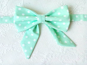 Náhrdelníky - Mint bow tie with white polka dots (woman bow tie) - 8756407_