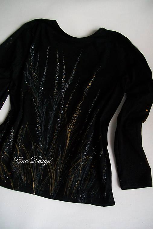 Nočná krása - ručne maľované tričko