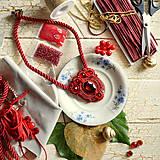 Náhrdelníky - Ruby red - sutaškový náhrdelník - 8758967_