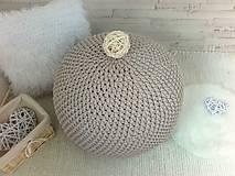 Háčkovaný PUF capuccino bavlna
