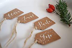 Papiernictvo - Vianočné menovky // recyklované (4 ks) - 8756013_