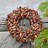 Dekorácie - Venček na dvere z prírodných plodov - 8760595_