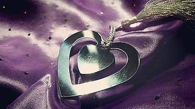 Papiernictvo - Elegantná kovová záložka (Kovová záložka - srdce) - 8759786_