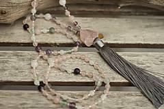 - Japa Mala náhrdelník z minerálov a strapcom fluorit, ruženín - 8757495_