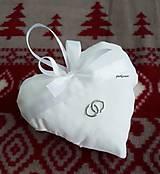 Darčeky pre svadobčanov - levanduľové srdiečko strieborné obrúčky - 8767554_