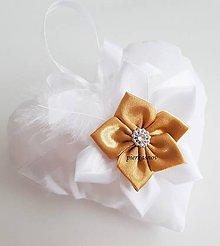 Prstene - svadobné srdiečko, vankúšik pod obrúčky - 8768083_