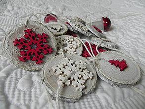 Dekorácie - V červeno-bielom šate:-) vianočná sada - 8768725_