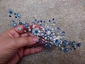 Ozdoby do vlasov - perlový hrebienok - modré kvietky - 8766785_