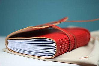 Papiernictvo - Kožený zápisník RED A5 - 8770774_