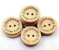 Gombík drevený handmade with love  (2,0 cm (G125))