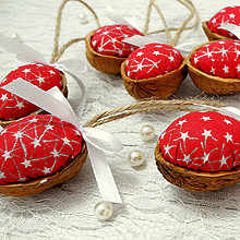 Dekorácie - Vianočný oriešok - Sada 8 ks (Vianoce s Červenou Čiapočkou... (červená)) - 8765964_