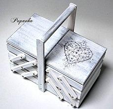 Krabičky - Krabička nie len na šijacie potreby - 8766945_