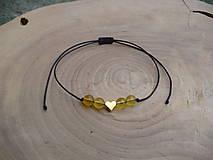 - jednoduchý šnúrkový náramok so srdcom a Citrínom - 8767310_