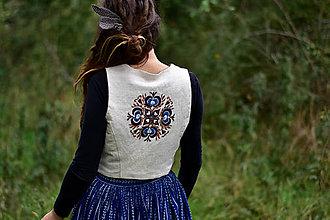 Iné oblečenie - Ručne vyšívaná konopná vesta •Nezábudka• - 8771030_