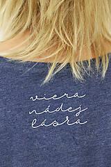 Tričká - Dámske tričko modrý melír SRDCE FOLK - 8768148_