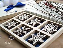 Dekorácie - Drevené vianočné ozdoby - Vločková kolekcia II. - 8775271_