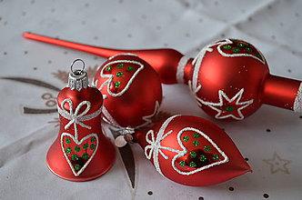 Dekorácie - Červená sada s bielo-zelenou dekoráciou - 8776004_
