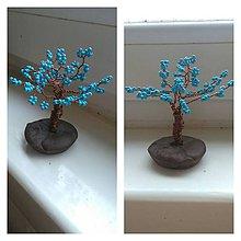 Dekorácie - Modrý  malý stromček šťastia - 8772893_