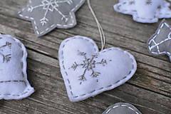 Dekorácie - Vianočné ozdoby - šedo-biela sada 6ks - 8771749_