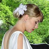 Ozdoby do vlasov - Fascinátor - ruža z peria - 8774341_