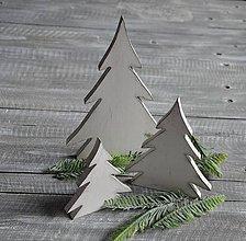 Dekorácie - stojacie stromčeky Sivé - 8774992_