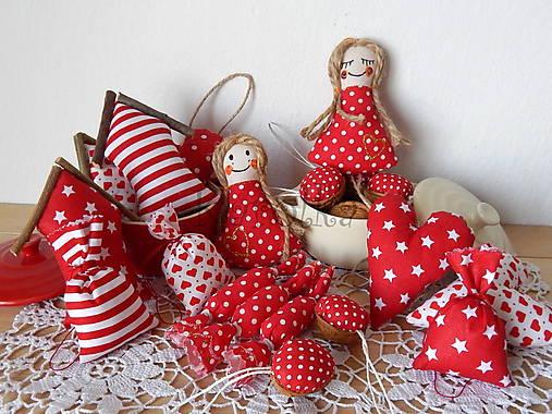 Vianočná dekorácia - Červené vianoce ZĽAVA z 25 e080fb9ed3d