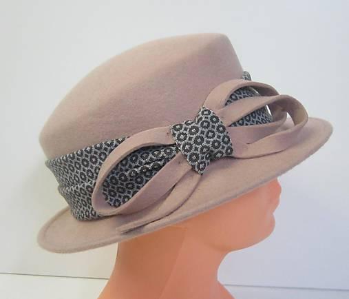 30b3007b9 Dámsky klobúk / LucaDellaRocca - SAShE.sk - Handmade Čiapky