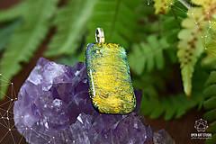 Náhrdelníky - Zlato-zelený veľký, trblietavý náhrdelník - 8786671_