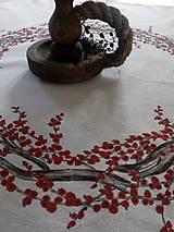 Úžitkový textil - Obrus - veniec Ilex - 8792528_