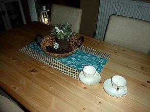 Úžitkový textil - Zimní běhoun stromky - 8795178_