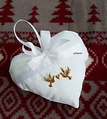 Úžitkový textil - levanduľové srdiečko zlaté holubičky (Zlatá) - 8767458_
