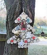 Závesná dekorácia: Stromček natur s Mikulášom