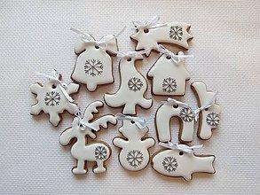 Dekorácie - Vianočné medovníky na stromček (Biela) - 8767630_