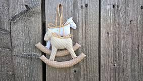 Dekorácie - Hojdací koník  (Béžová) - 8750355_