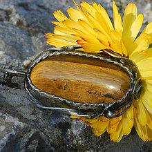 Náhrdelníky - Slnko v mede - Tigrie oko, prívesok - 8809877_
